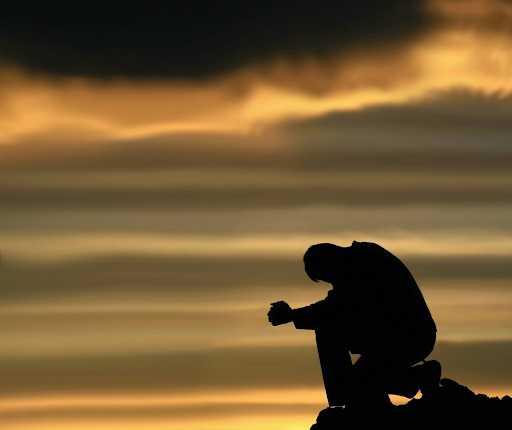 giọt sầu nào vỡ nát trong tim mong người vỗ giấc bao đêm