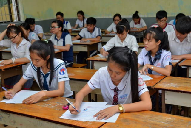 đề thi học kì 2 lớp 12 môn toán trac nghiem có đáp án
