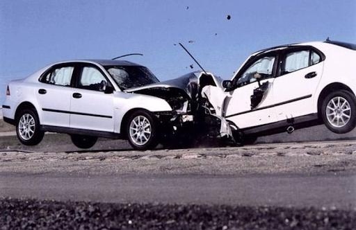 Mơ thấy tai nạn xe ô tô