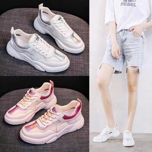 Giày hồng và quần short